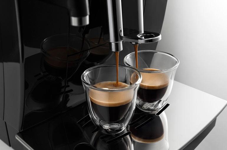 ekspres delonghi zaparzanie dwóch kaw