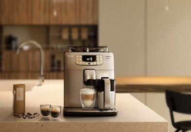 W pełni automatyczny ekspres do kawy Saeco Intelia Deluxe HD8906/01